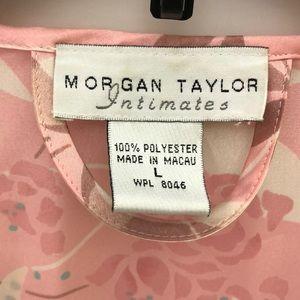 Morgan Taylor Intimates & Sleepwear - Morgan Taylor Pink Floral Robe